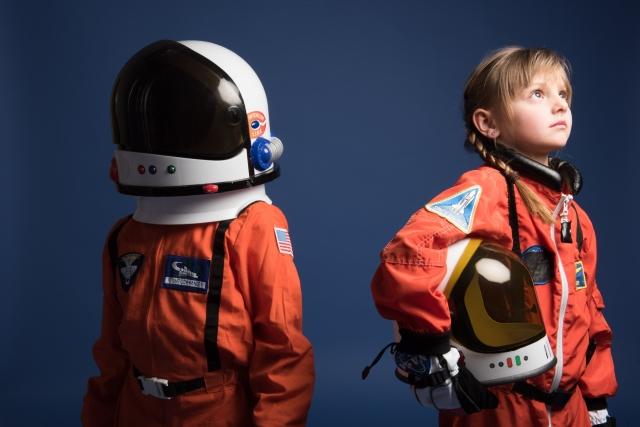 宇宙飛行士に憧れる子供たち