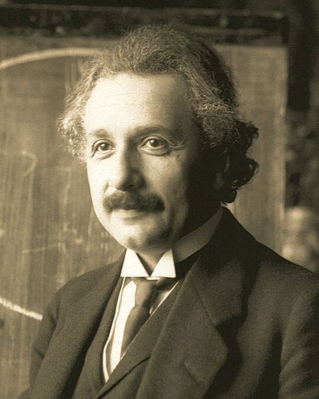 アインシュタイン wikipedia 引用